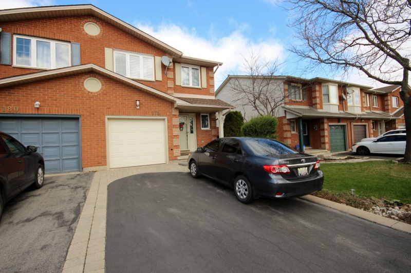 178 candlewood drive stoney creek hamilton ontario townhouse freehold for sale