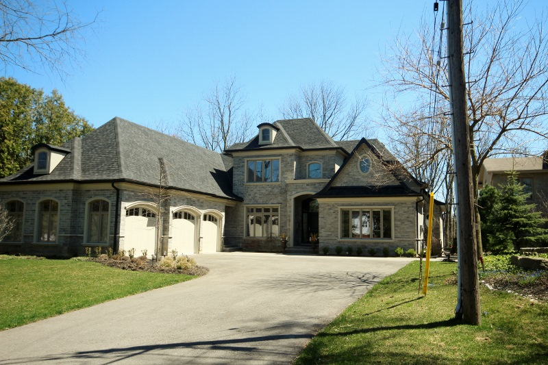 dundas ontario luxury homes for sale